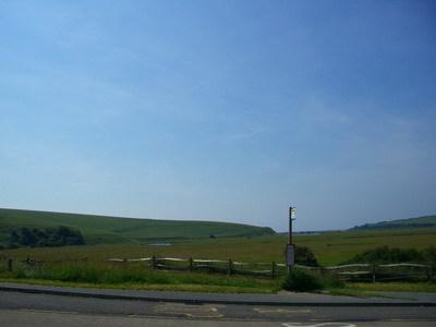 斷崖就在草原的那一頭
