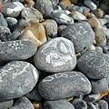 有石灰可以在石頭上畫畫