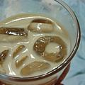基本調法!冰塊+奶酒稀釋