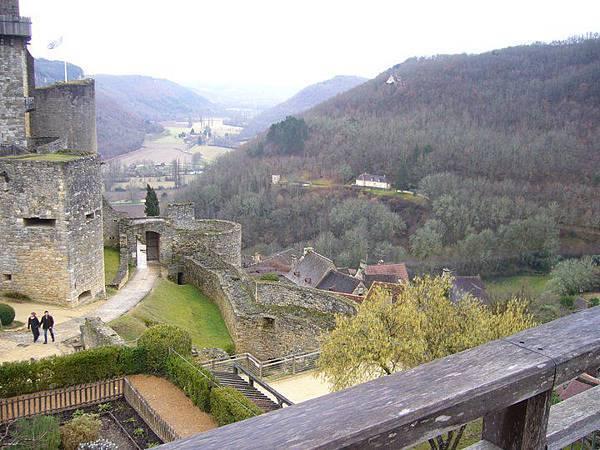 Castelnaud 33 valley