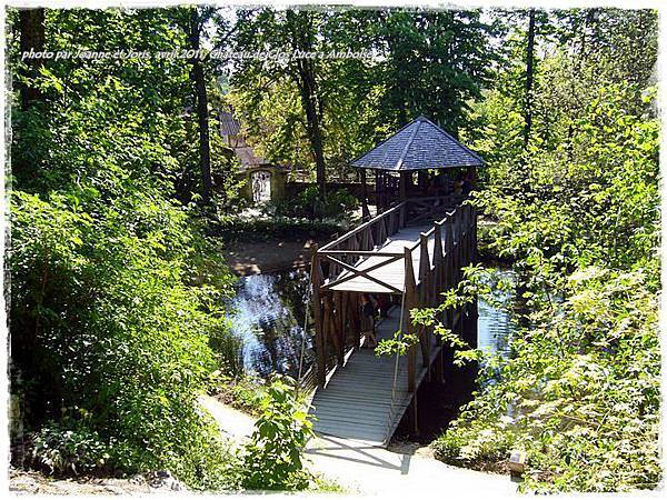17 le pont au jardin