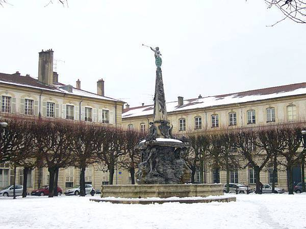 la place d'Alliance de Nancy.jpg