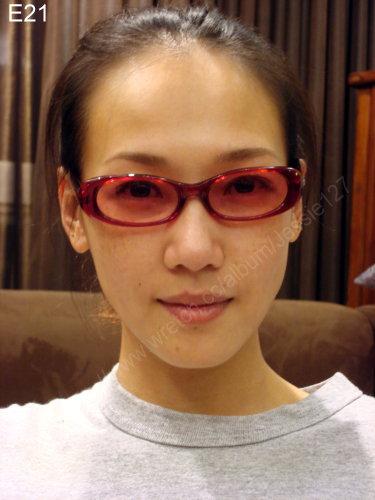 編號:114  紅色眼鏡