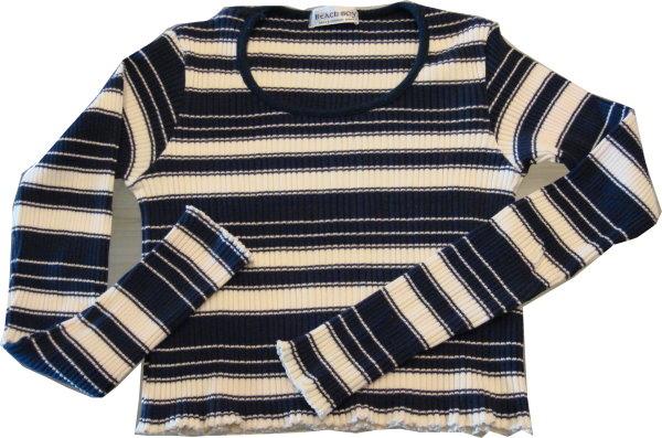 編號:135  基本款上衣 彈性布料 像桌巾一般的織法是特色