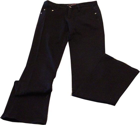 編號:151  黑色直筒牛仔褲 因為簡單所以好穿