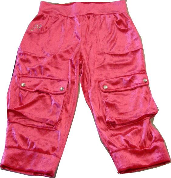 編號:152  七分褲有著光滑的布面 桃紅的顏色是女孩的最愛