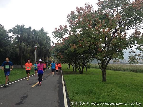 相片 2014-10-12 8 16 35_batch.jpg
