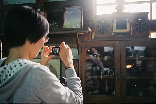 現在的相機和過去的相機。