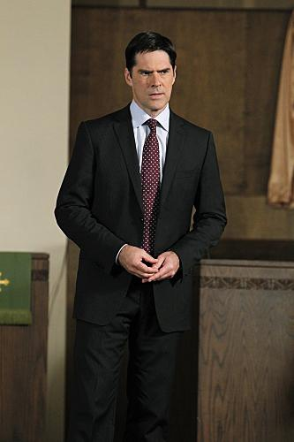 hotch-on-criminal-minds_333x500.jpg