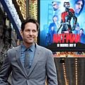 Paul-Rudd-gets-a-star-on-the-Hollywood-Walk-of-Fame_8_1.jpg
