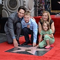 Paul-Rudd-gets-a-star-on-the-Hollywood-Walk-of-Fame_3_1.jpg