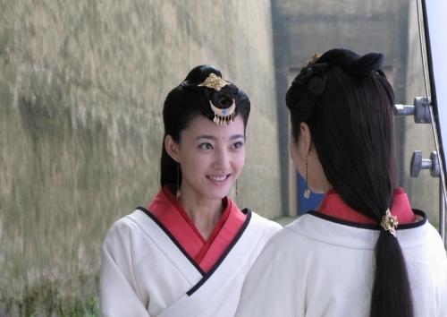 王麗坤飾演慎兒