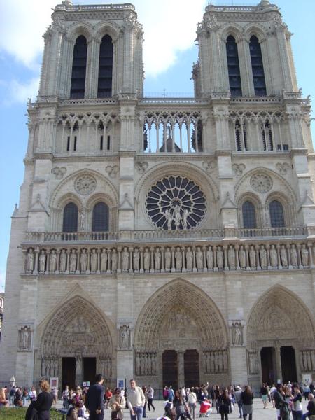 Norte Dame_巴黎聖母院.JPG
