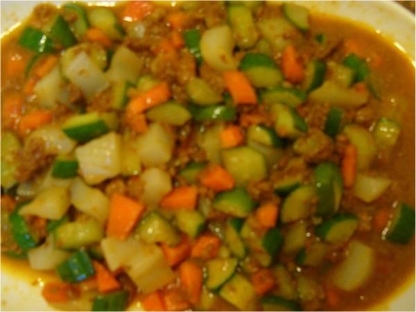 肉醬炒小黃瓜