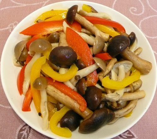 彩椒拌雙菇2