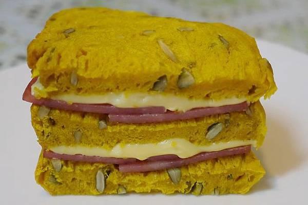 火腿起士三明治