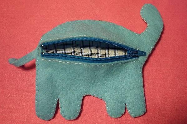 大象零錢包背面.jpg