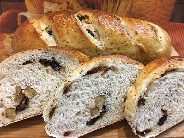 藜麥果乾米麵包.jpg