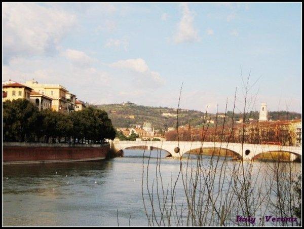Verona_bridgeview4.jpg