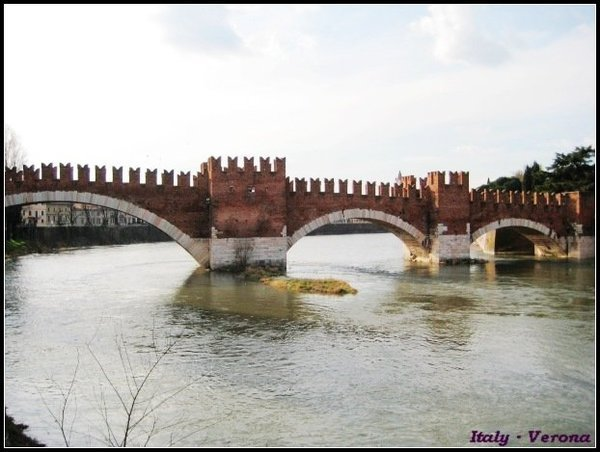 Verona_bridgeview5.jpg