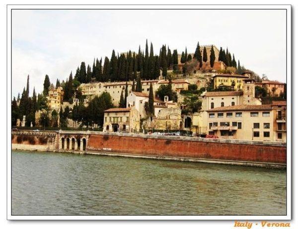 Verona_riverside2.jpg