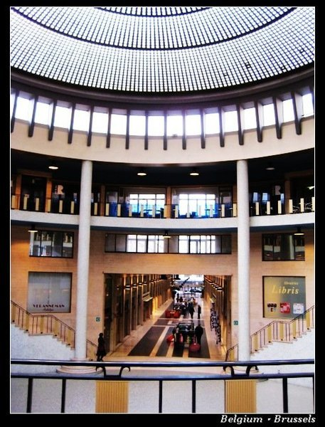 Brussels_mall.jpg