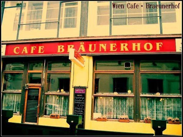 Wien_Braeunerhof02.jpg