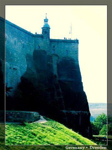 DR_castle.jpg