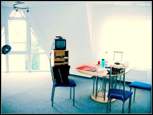 Wohnung1_wohnzimmer1.jpg
