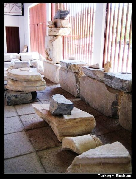 BD_mausoleum4.jpg