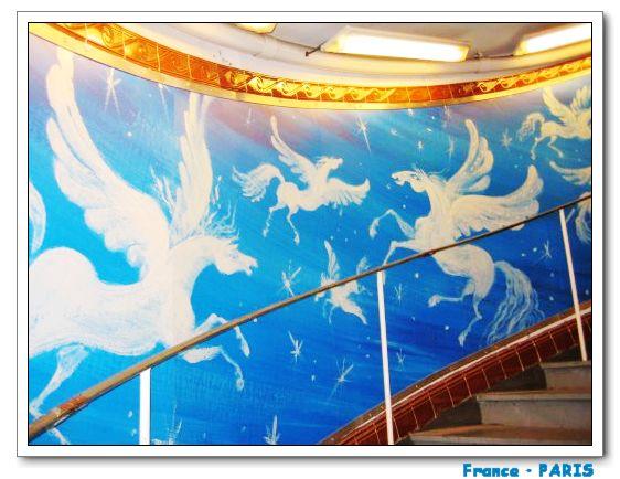 Metro_Montmartre3.jpg