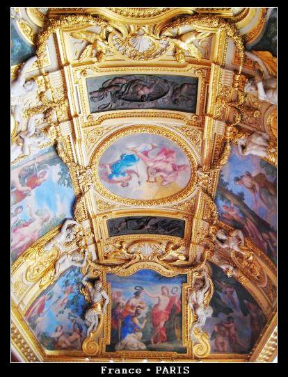 Musee louvre_Inside1.jpg