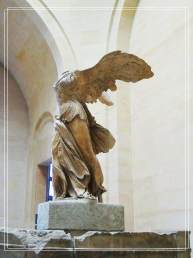 Musee louvre_the Winged Victory of Samothrace1.jpg