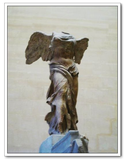 Musee louvre_the Winged Victory of Samothrace2.jpg