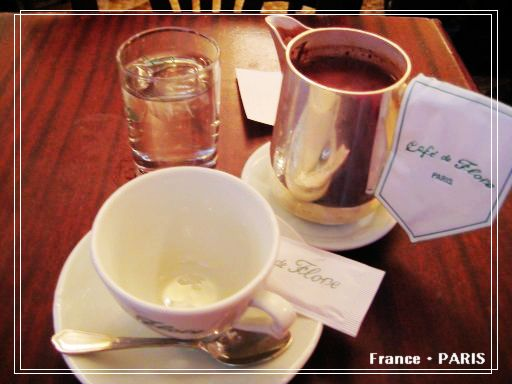 Cafe de Flore_hot chocolate.jpg