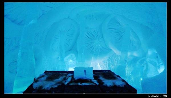 IceHotel_R8Mushroom.JPG