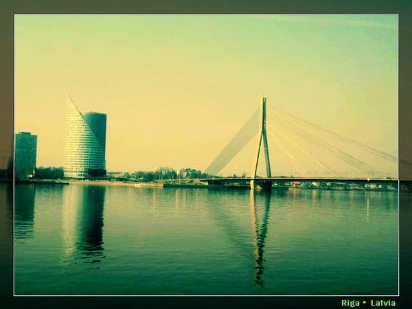 vansu tilts.jpg