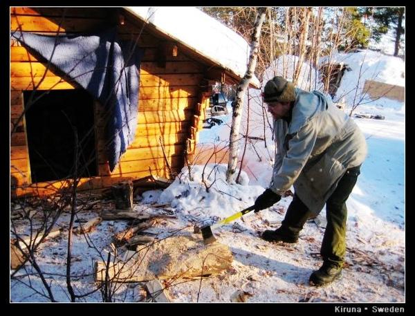 Kiruna_D1_wood for fire3.jpg