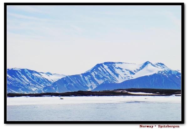 Spitsbergen_liefdefjord1.jpg