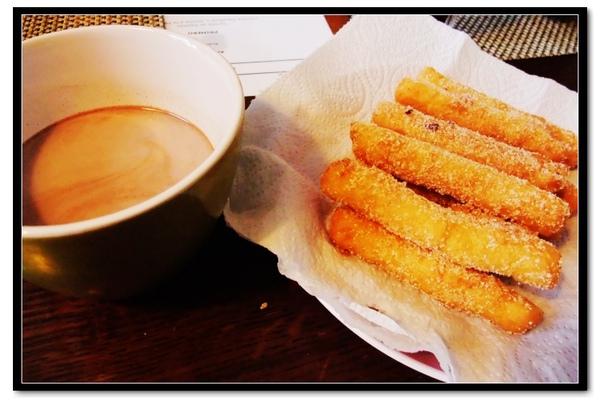 Spainfood_churro.jpg