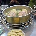 陳玉華奶奶一隻雞1