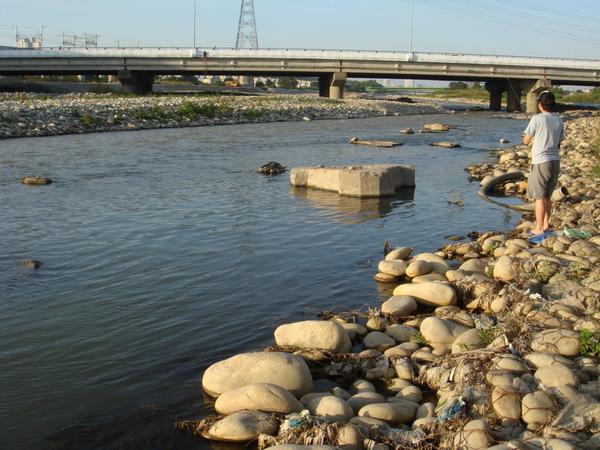 筏子溪目前的河道11.JPG