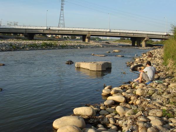 筏子溪目前的河道12.JPG