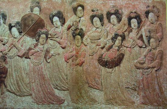 河北曲陽五代後樑龍德四年(924年)王處直墓後室東壁浮雕