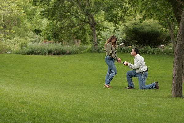 特殊求婚方式1.jpg