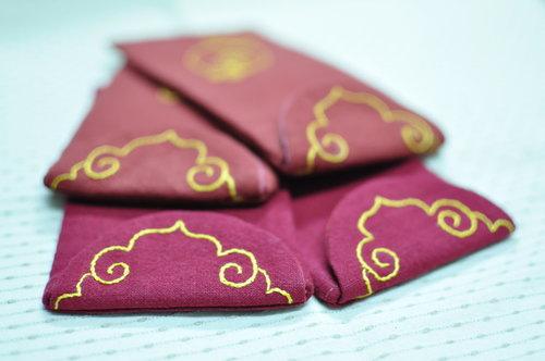 刺繡紅包袋.jpg