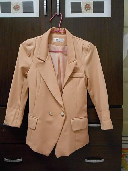 七分袖裸粉西裝外套(全新)