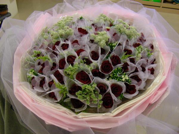 第一次收到阿狗送我的花,也有可能是絕響
