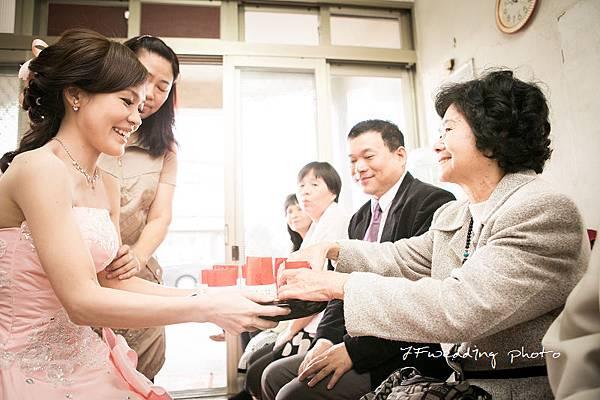 運達-瓊瑩婚禮紀錄 (9).jpg