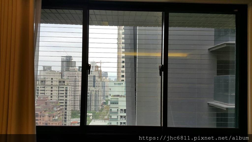 2015-12-07-台中市西屯區-藏玉-隱形鐵窗.jpg